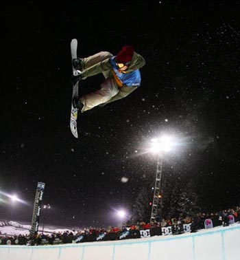 Antti Autti at the finals of the Winter X Games Superpipe Comp in Aspen, 31-Jan-05